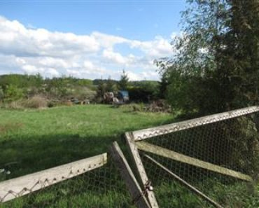 9.10.2019 Dražba nemovitosti (Oplocený travnatý pozemek). Vyvolávací cena 466.000 Kč, ➡️ ID601468