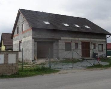 13.8.2019 Dražba nemovitosti (Rozestavěný rodinný dům). Vyvolávací cena 3.133.333 Kč, ➡️ ID607832