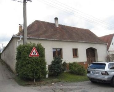 25.9.2019 Dražba nemovitosti (Rodinný dům, Radenín, podíl 1/2). Vyvolávací cena 466.000 Kč, ➡ ID606275