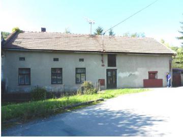 24.7.2019 Dražba nemovitosti (id. 1/8 bydlení vč. zahrady v obci Jankovice). Vyvolávací cena 21.625 Kč, ➡ ID607304
