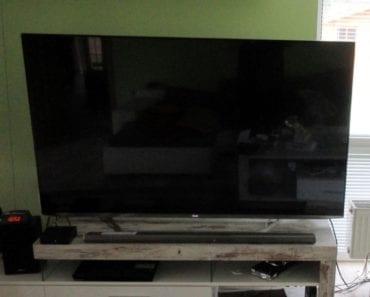 6.8.2019 Dražba elektroniky (LCD televize LG). Vyvolávací cena 6.000 Kč, ➡️ ID606804