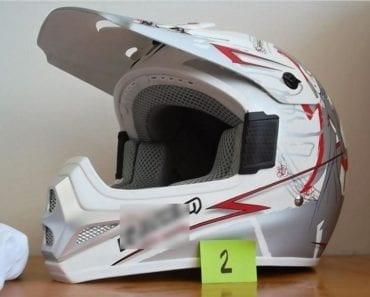 10.9.2019 Dražba ostatních movitých věcí (Moto helma Marushin RMX - ECE 22/05 XS). Vyvolávací cena 1.000 Kč, ➡️ ID617429