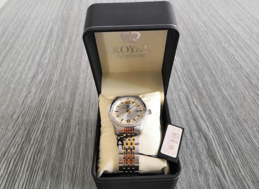 6.9.2019 Dražba ostatních movitých věcí (Pánské hodinky Royal London, 5 ATM vodotěsné). Vyvolávací cena 500 Kč, ➡️ ID621126