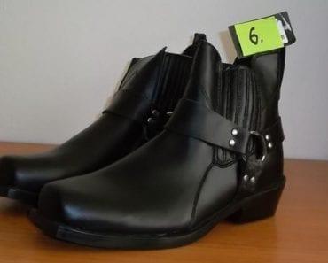 10.9.2019 Dražba ostatních movitých věcí (Moto boty Polo City Chooper Stiefel, vel. 45, černé). Vyvolávací cena 800 Kč, ➡️ ID617445