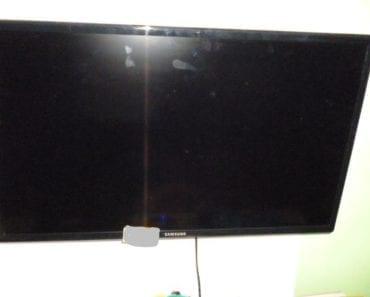 25.9.2019 Dražba elektroniky (LCD TV zn. Samsung + DO). Vyvolávací cena 1.000 Kč, ➡️ ID620042