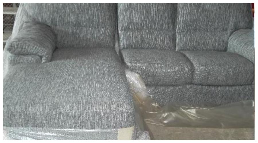 7.10.2019 Dražba nábytku (Sedačka dvojsed pravý, prodloužený díl levý, látka šedá). Vyvolávací cena 4.500 Kč, ➡️ ID645326
