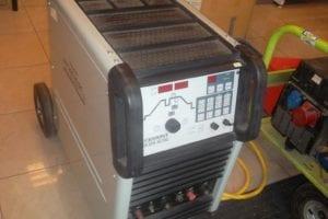 8.10.2019 Dražba stroje (Svářečka Triwave TXH 250 AC/DC Cemont). Vyvolávací cena 20.000 Kč, ➡️ ID640553