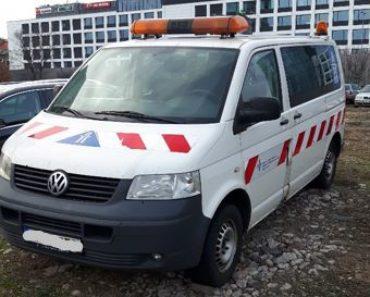 Do 23.10.2019 Aukce automobilu Volkswagen Transporter 2,5 TDI. Vyvolávací cena 10.000 Kč, ➡️ ID649618