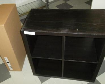 6.11.2019 Dražba skříňky Ikea. Vyvolávací cena 300 Kč.