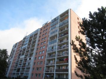14.11.2019 Dražba nemovitosti (Byt 3+1, Pardubice, 75m2, podíl 1/4). Vyvolávací cena 66.000 Kč, ➡ ID656025