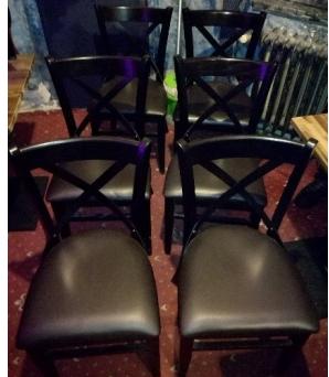 5.12.2019 Dražba restauračních stolků a židlí. Vyvolávací cena 6.500 Kč.