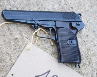 16.12.2019 Dražba pistole samonabíjecí - model 52 Tukarev. Vyvolávací cena 1.500 Kč.
