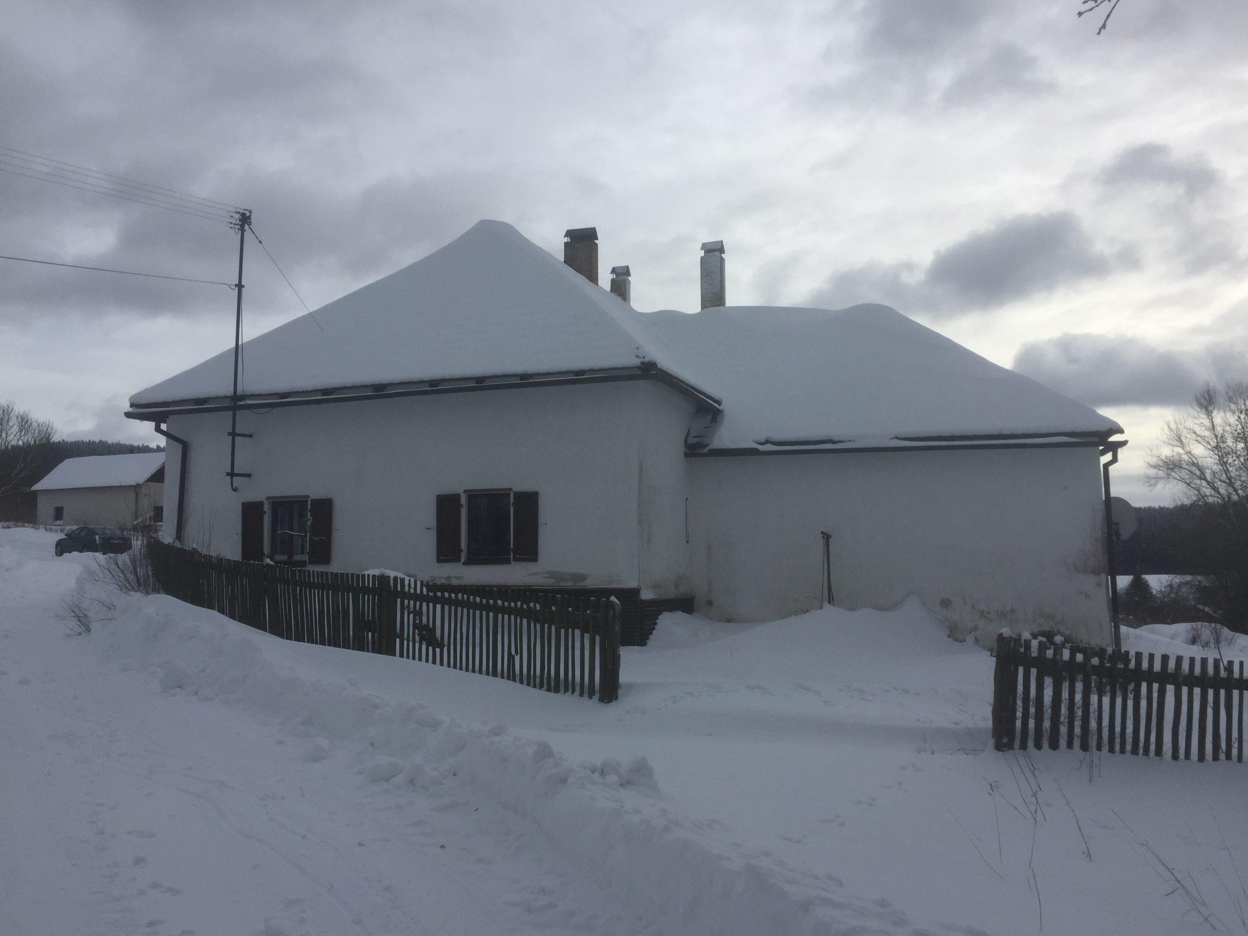 19.12.2019 Aukce nemovitosti (Rodinný dům). Vyvolávací cena 950.000 Kč, ➡️ ID668390