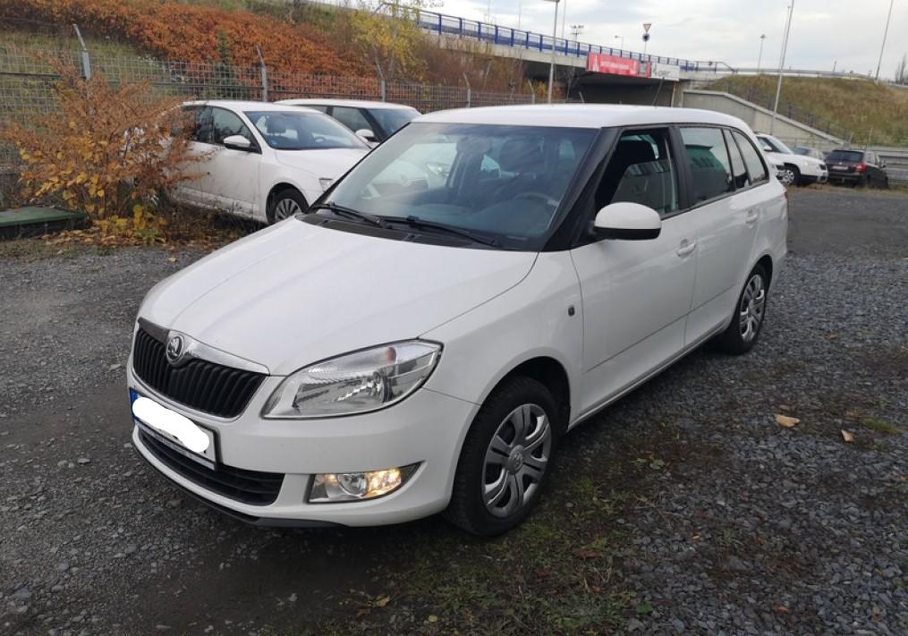 Do 9.12.2019 Aukce automobilu Škoda Fabia Combi 1.6 TDI, Ambition. Vyvolávací cena 42.000 Kč, ➡️ ID669241