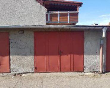 11.12.2019 Dražba nemovitosti (Pozemek o velikosti 38 m2, Vrahovice, podíl 1/2). Vyvolávací cena 24.320 Kč, ➡ ID668411