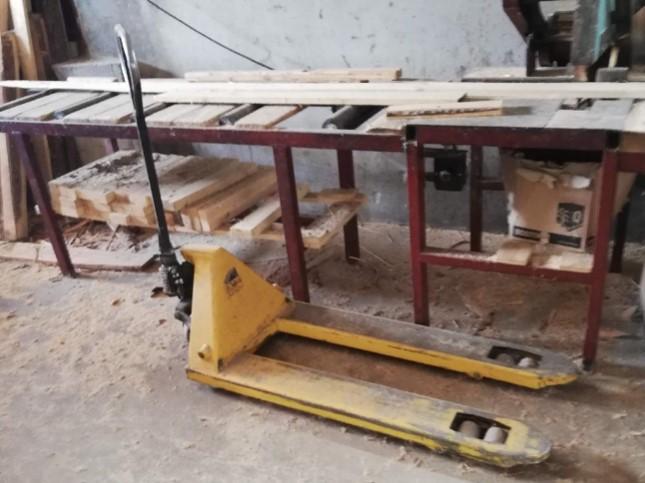 13.1.2020 Dražba stroje Ruční paletový vozík. Vyvolávací cena 1.000 Kč, ➡️ ID670655