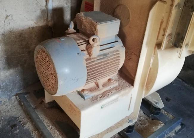 13.1.2020 Dražba stroje Ventilátor F11T GR 90°. Vyvolávací cena 5.000 Kč, ➡️ ID670657