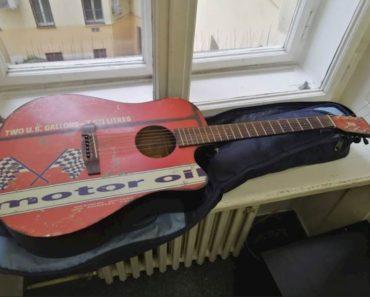 Do 13.4.2020 Aukce ostatních movitých věcí (Kytara). Vyvolávací cena 500 Kč, ➡️ ID696369