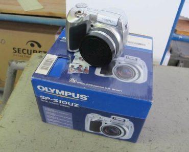 Do 28.4.2020 Aukce elektroniky (Fotoaparát OLYMPUS SP-510). Vyvolávací cena 300 Kč, ➡️ ID699634