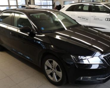 Do 9.4.2020 Aukce automobilu Škoda Superb 1.4 TSI. Vyvolávací cena 408.000 Kč, ➡️ ID702229