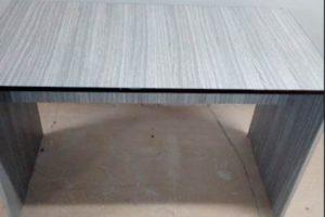 Do 19.4.2020 Aukce nábytku (Konferenční stůl). Vyvolávací cena 210 Kč, ➡️ ID702146