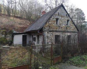 30.4.2020 Dražba nemovitosti (Rodinný dům, Osinalice). Vyvolávací cena 328.667 Kč, ➡ ID701265
