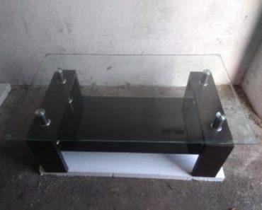 9.7.2020 Dražba nábytku (Sedací souprava se stolkem). Vyvolávací cena 3.000 Kč, ➡️ ID706068