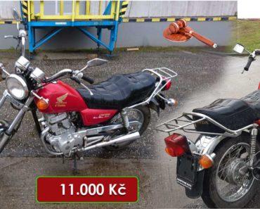 8.9.2020 Dražba motocyklu Honda Custom 125. Vyvolávací cena 11.000 Kč, ➡️ ID726967