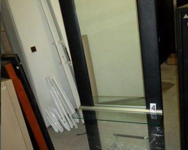 9.9.2020 Dražba ostatních movitých věcí (Zrcadlo se skleněnou poličkou a podnožníkem). Vyvolávací cena 1.331 Kč, ➡️ ID736024