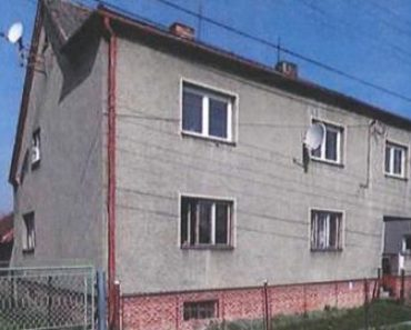2.11.2020 Dražba nemovitosti (Rodinný dům, Staré Město u Karviné, podíl 1/2). Vyvolávací cena 680.000 Kč, ➡ ID758722