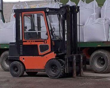 Do 15.2.2021 Výběrové řízení na prodej vysokozdvižného vozíku Desta. Min. kupní cena 150.000 Kč, ➡️ ID776490