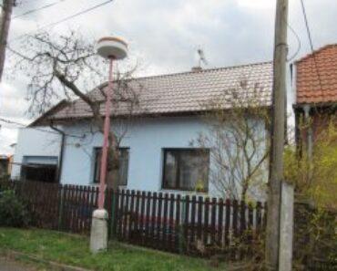 27.05.2021 Dražba Domy - Rodinný dům se zahradou v obci Neratovice, okres Mělník. Tato nemovitost leží v okrese Mělník. Vyvolávací cena 3.220.000 Kč, (ID: 789163)