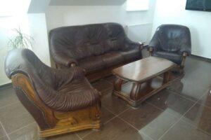 Do 12.5.2021 Výběrové řízení na prodej nábytku (Kožená sedací souprava). Min. kupní cena - prodej nejvyšší nabídce Kč, ➡️ ID797254