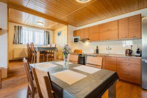 16.9.2021 Aukce nemovitosti (Apartmán). Vyvolávací cena 3.500.000 Kč, ➡️ ID814510