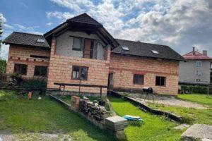 20.10.2021 Aukce nemovitosti (Rozestavěný rodinný dům). Vyvolávací cena 2.300.000 Kč, ➡️ ID829054